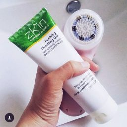 Zk'in - Purifying Cleansing Gel 100ml 02