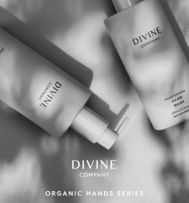 Divine Woman - Organic Hands Series 01